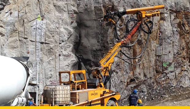 seguridad-en-mineria-subterranea-pies-en-suelo