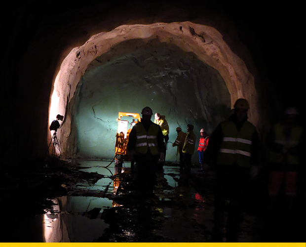 School of Mines offer hands-on experience of shotcrete